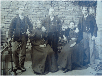 Edwin Short and his family around 1900. Left to right: Ernest, Mercy, Edwin, Martha, Matilda and Edwin Henry (photo courtesy Peter Davies)