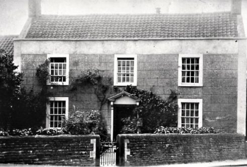 Chequers House early 1900s - formerly The Chequers Pub photo courtesy: Penny Deverill